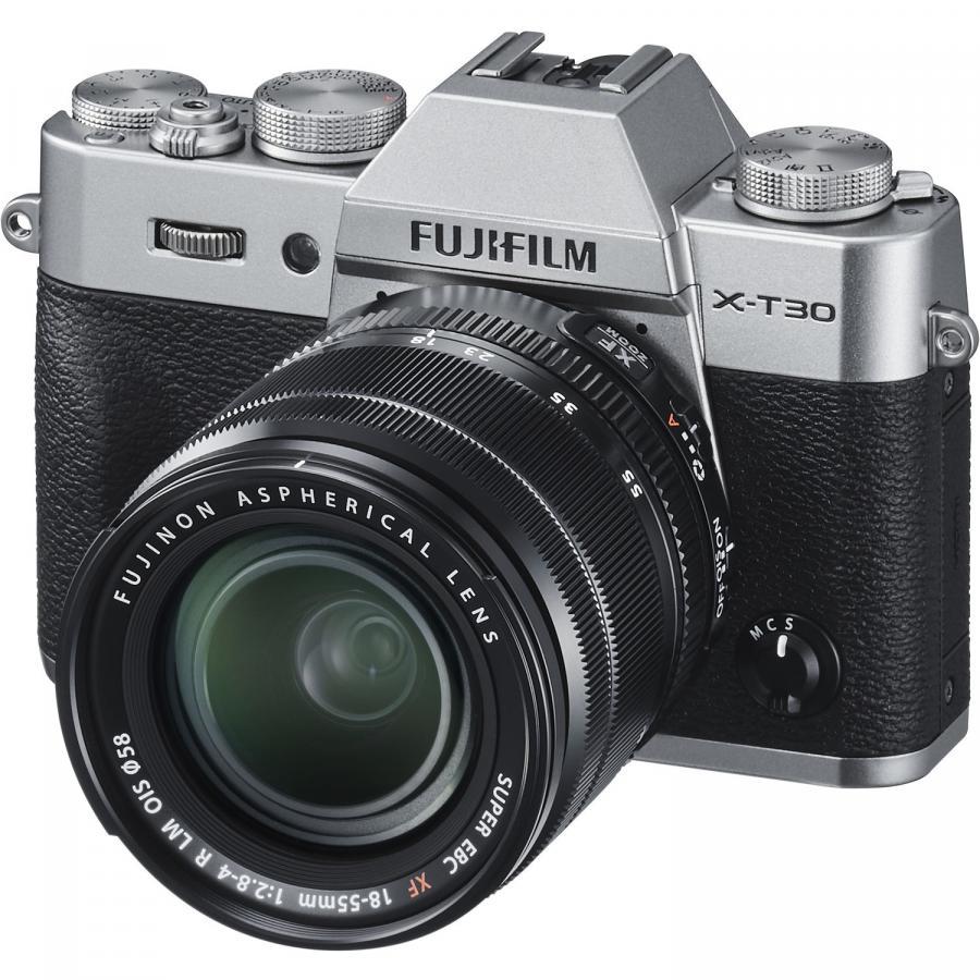 Fujifilm X-T30 + Fujinon XF 18-55mm f/2,8-4 R LM OIS, Strieborné