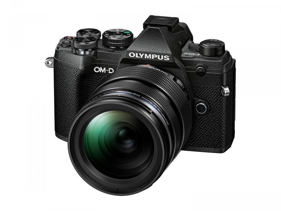 Olympus OM-D E-M5 Mk.III + M.ZD ED 12-40mm f/2.8 PRO čierny