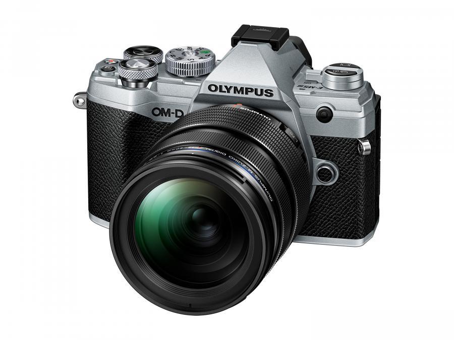 Olympus OM-D E-M5 Mk.III + ED 12-40mm f/2.8 PRO strieborný