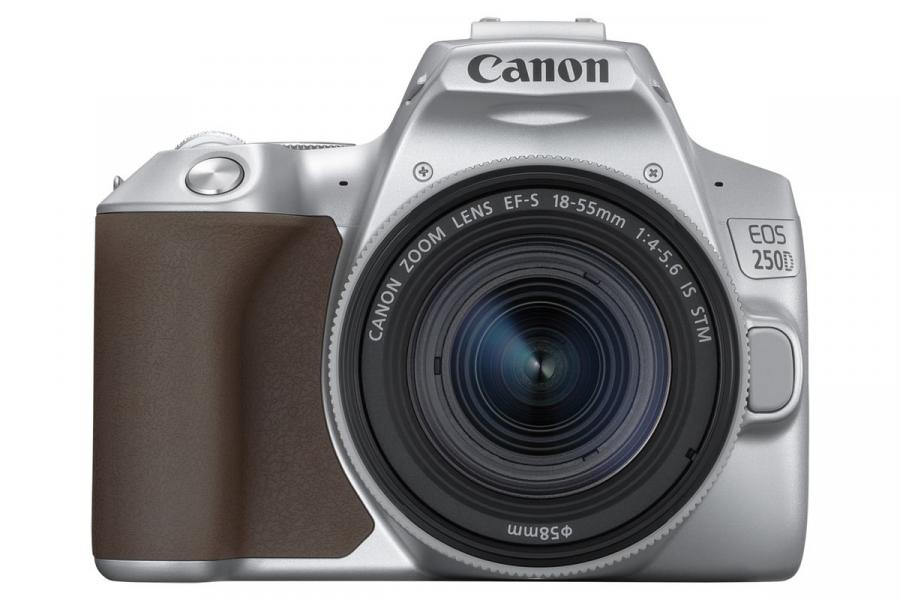 Canon EOS 250D + EF-S 18-55mm f/4-5,6 IS STM CP strieborné + Cashback 60 €