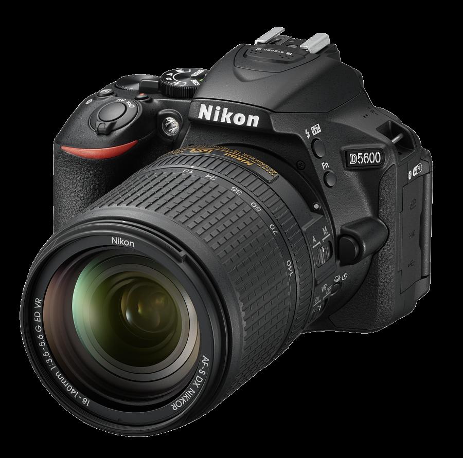 Nikon D5600 +AF-S DX Nikkor 18-140mm f/3.5-5.6G ED VR +Čistenie a fotokurz