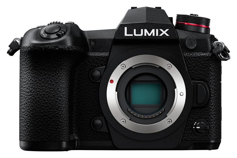 Panasonic Lumix G9 Telo + batériový grip DMW-BGG9E zadarmo.